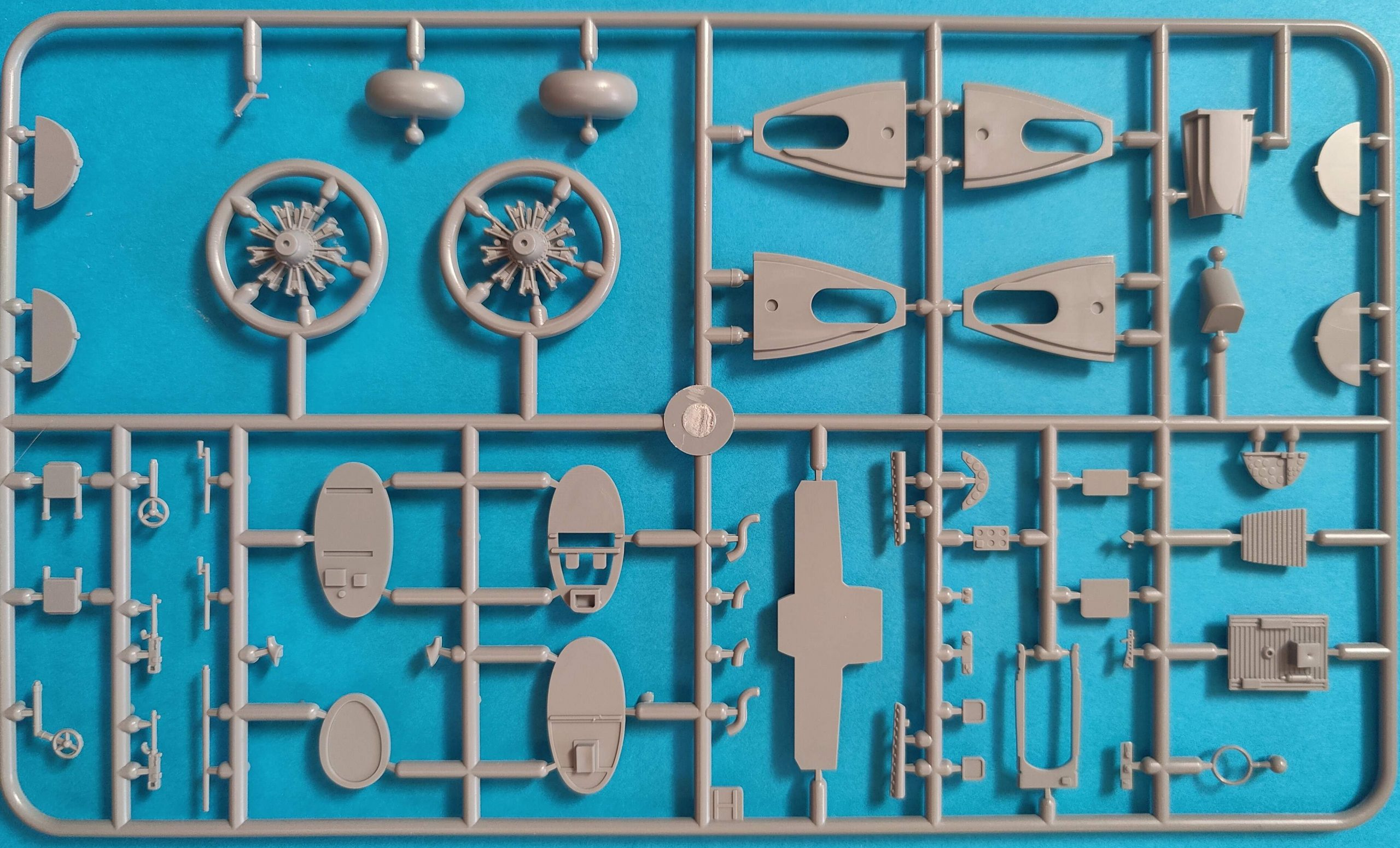Azur_B_1007-scaled Azur B-10 Export WC/WAN in 1:72