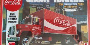 "AMT Ford Louisville Short Hauler ""Coca Cola"" in 1:25"