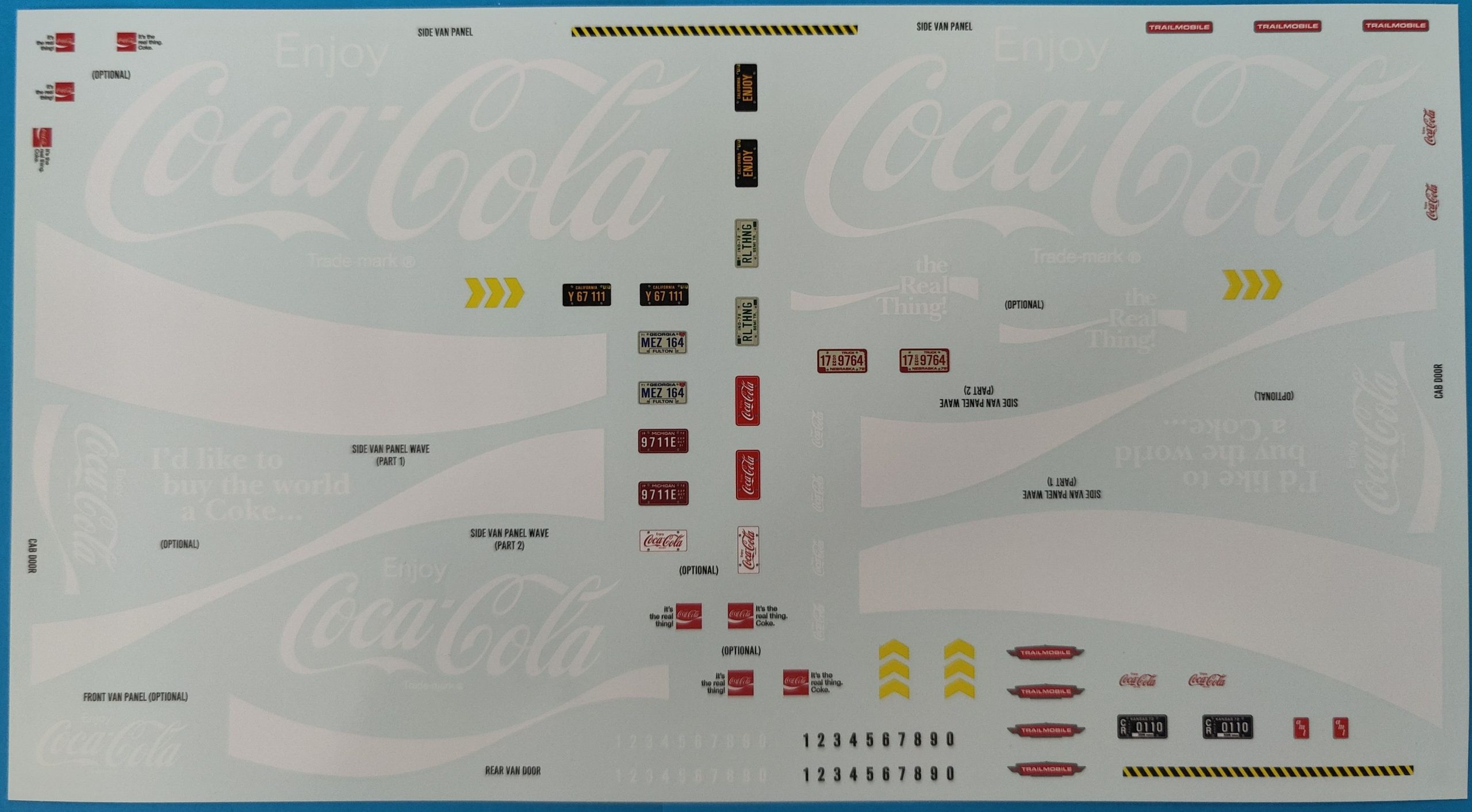 "Cola_Ford_Hauler22-scaled AMT Ford Louisville Short Hauler ""Coca Cola"" in 1:25"