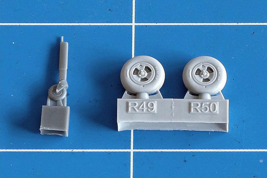 Eduard-672142-Spitfire-Mk.-XVI-Wheels-5 Detailsets für die 1:72er Spitfire Mk. XVI von Eduard