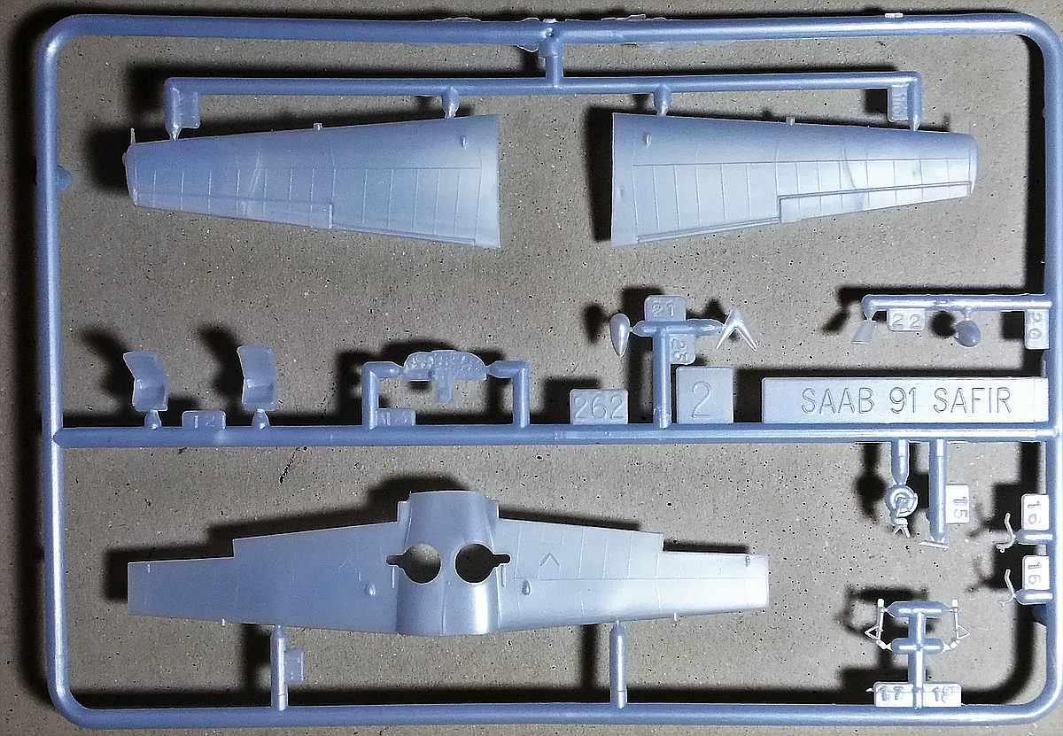 Heller-80287-SAAB-91-Safir-14 Saab 91 Safir in 1:72 von Heller # 80287