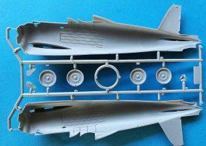 ICM-32021-Fiat-CR-42-LW-7-300x213 cof