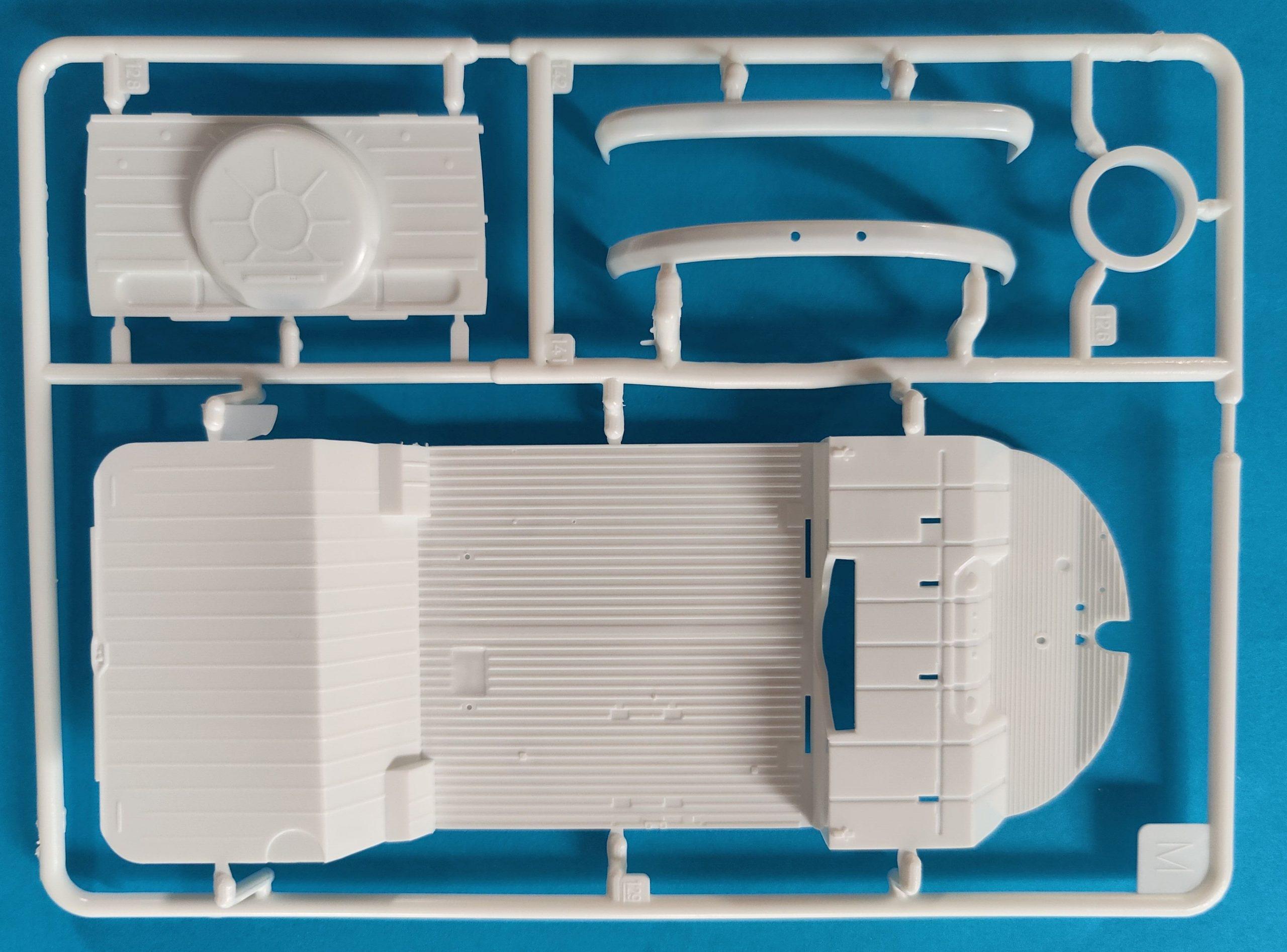 Revell_Bulli_Westfalia12-scaled Revell VW T1 Camper Westfalia in 1:24 #07674