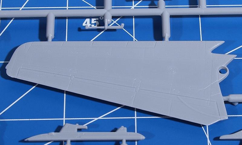R.V.-Aircraft-72001-MiG-23-MF-11 MiG-23 MF in 1:72 von R.V. Aircraft # 72001