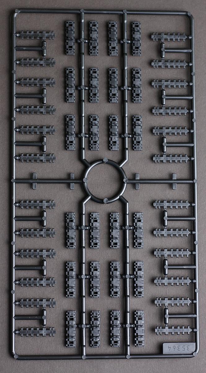 Revell-03275-Tiger-II-Gussrahmen-F-Ketten-neu-1 Königstiger Platinum Edition in 1:35 von Revell #03275