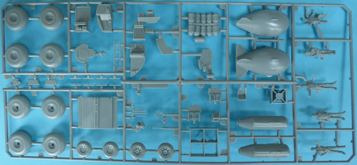 Revell-03850-B-29-Superfortress-Platinum-Edition-31-1 B-29 Superfortress Platinum Edition in 1:48 von Revell #03850