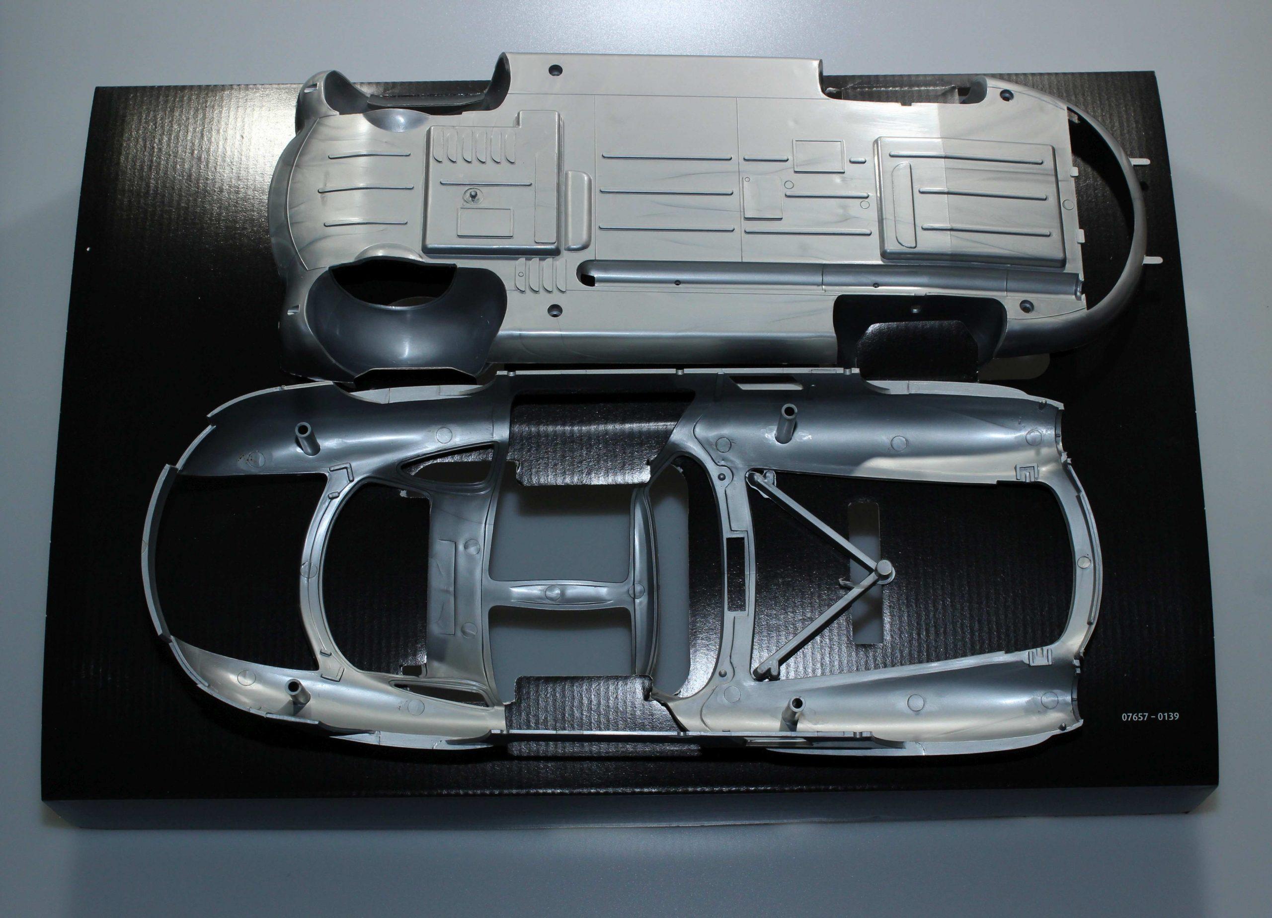 300SL_17-scaled Mercedes 300 SL von Revell in 1:12