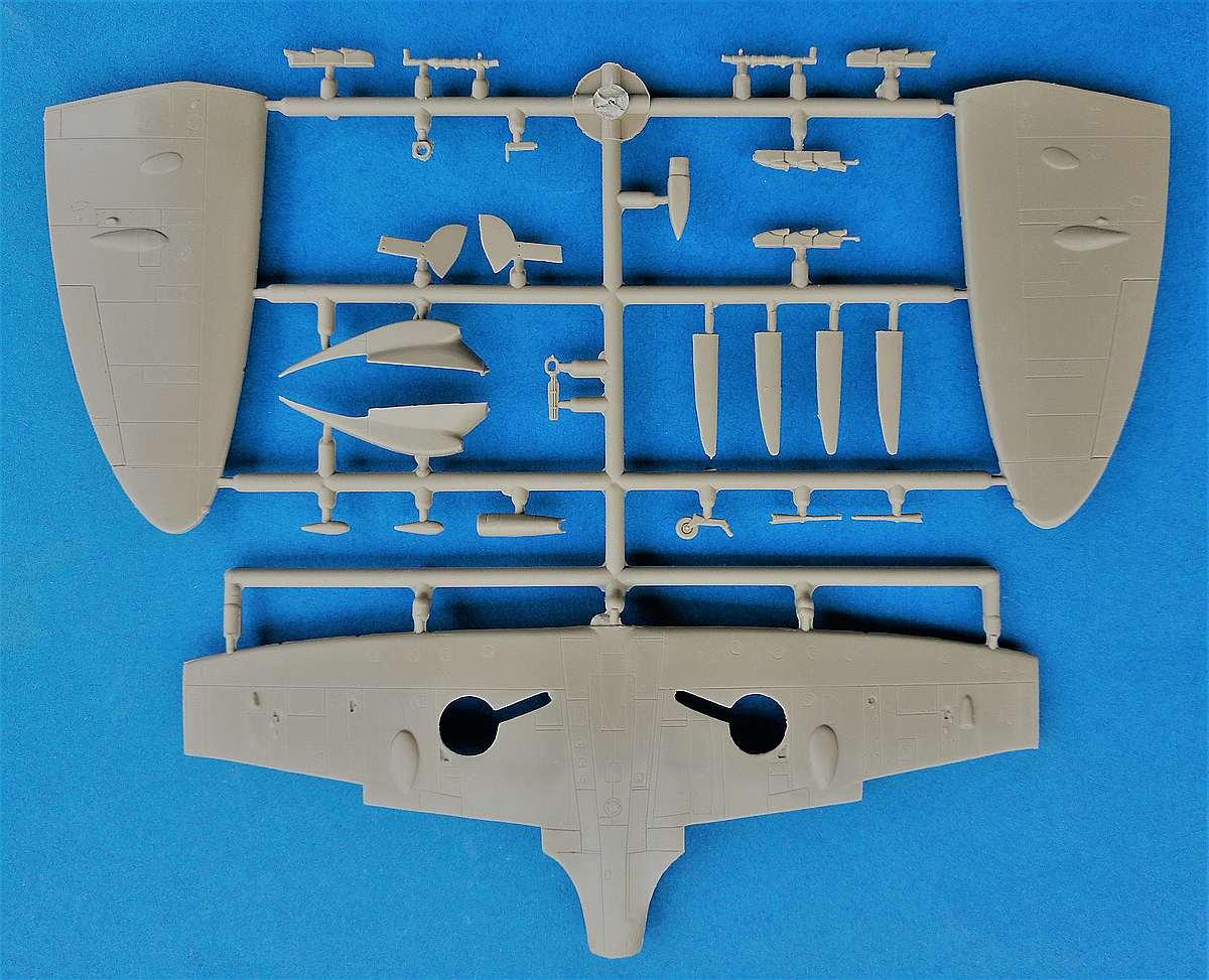Brengun-BRP-72009-Spitfire-Mk.-Vb-Floatplane-6 Spitfire Mk. Vb Floatplane in 1:72 von Brengun # BRP 72009