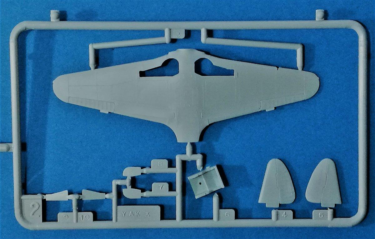 HELLER-L-090-Yak-3-Normandie-Niemen-16 Kit-Archäologie: Yak-3 Normandie-Niemen in 1:72 von HELLER # L 060