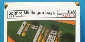 Spitfire Mk. II gun bays in 1:48 von Eduard #648610 und 611