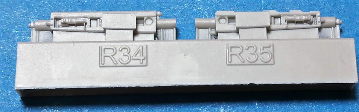 Eduard-648611-Spitfire-Mk.-IIb-gun-bays-5 Spitfire Mk. II gun bays in 1:48 von Eduard #648610 und 611