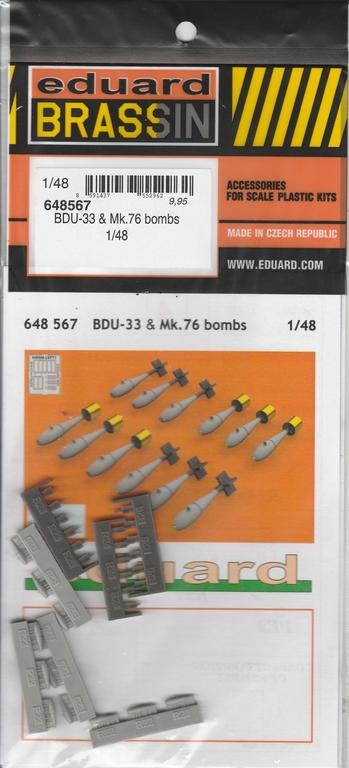 Eduard-648566-und-648567-SUU-20-Dispenser-17 SUU-25 Flare Dispenser und BDU 33 bzw. Mk. 76 Übungsbomben von Eduard in 1:48 #648566 und #648567