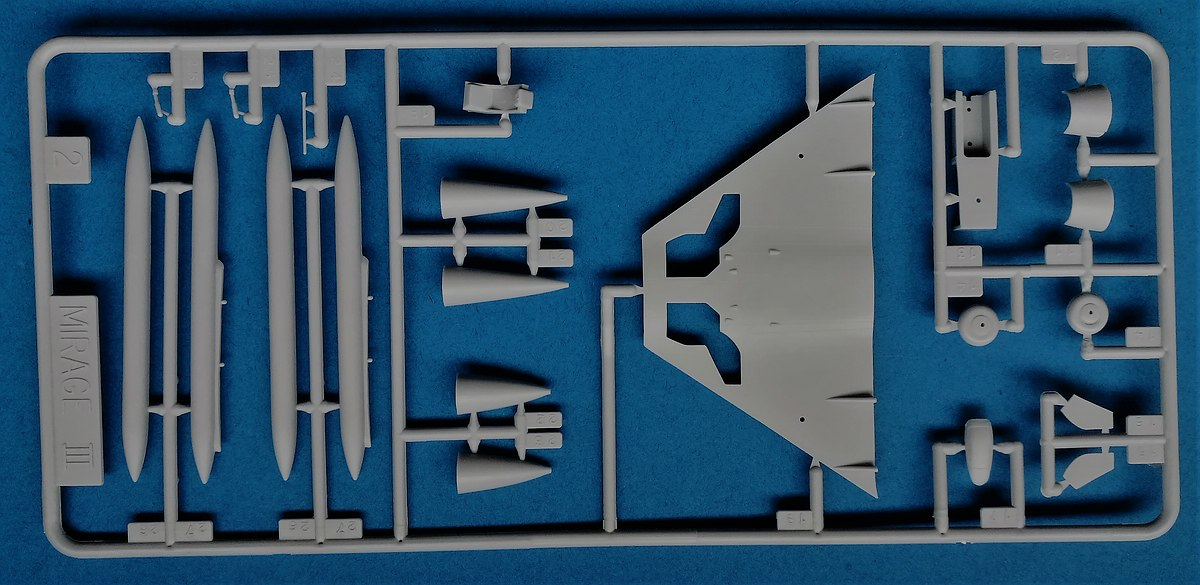 HELLER-80323-Dassault-Mirage-III-E-R-5-18 Dassault Mirage III E/R/-5 in 1:72 als Starter-Kit von Heller #80323