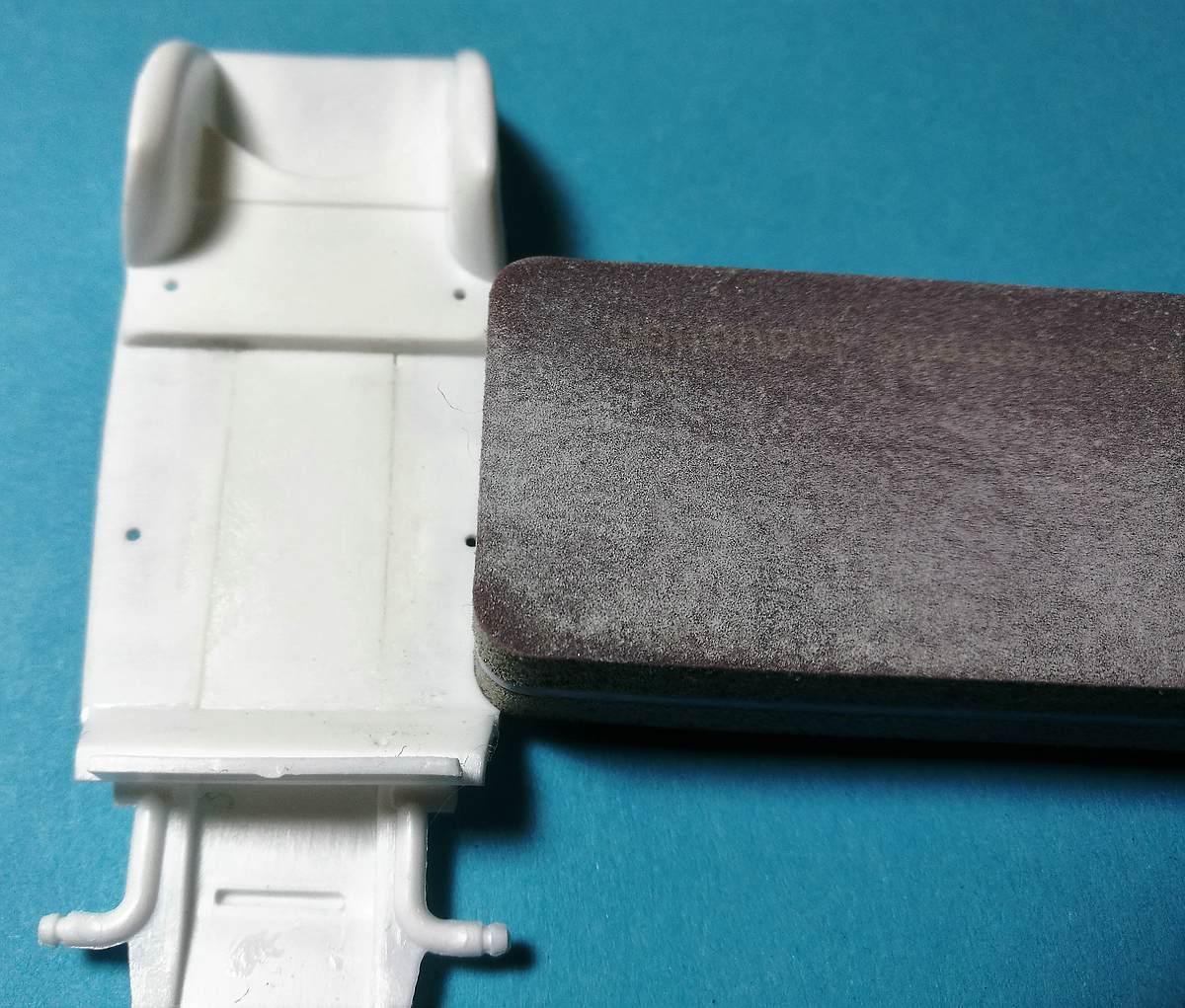 Heller-80175-Citroen-2CV-1zu43-17 Citroen 2CV in 1:43 von Heller #80175