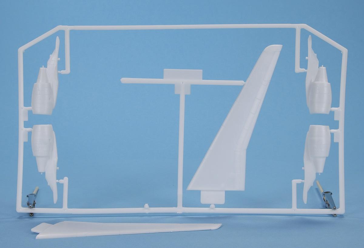 Heller-80448-Airbus-A320-9 Airbus A 320 in 1:125 von HELLER #56448