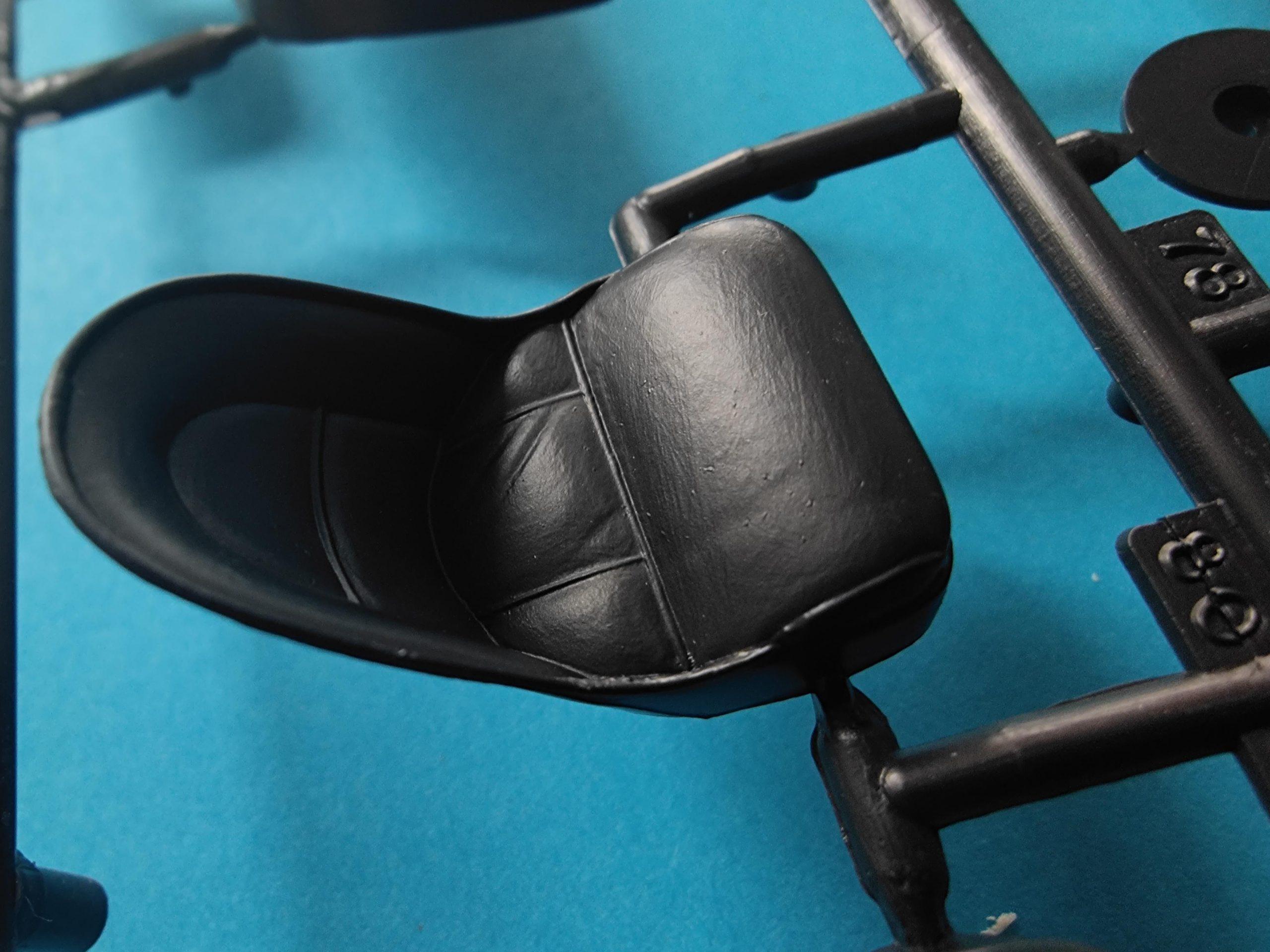 Heller_Jaguar09-scaled Heller Jaguar Type E 3L8 FHC in 1:24 # 80709