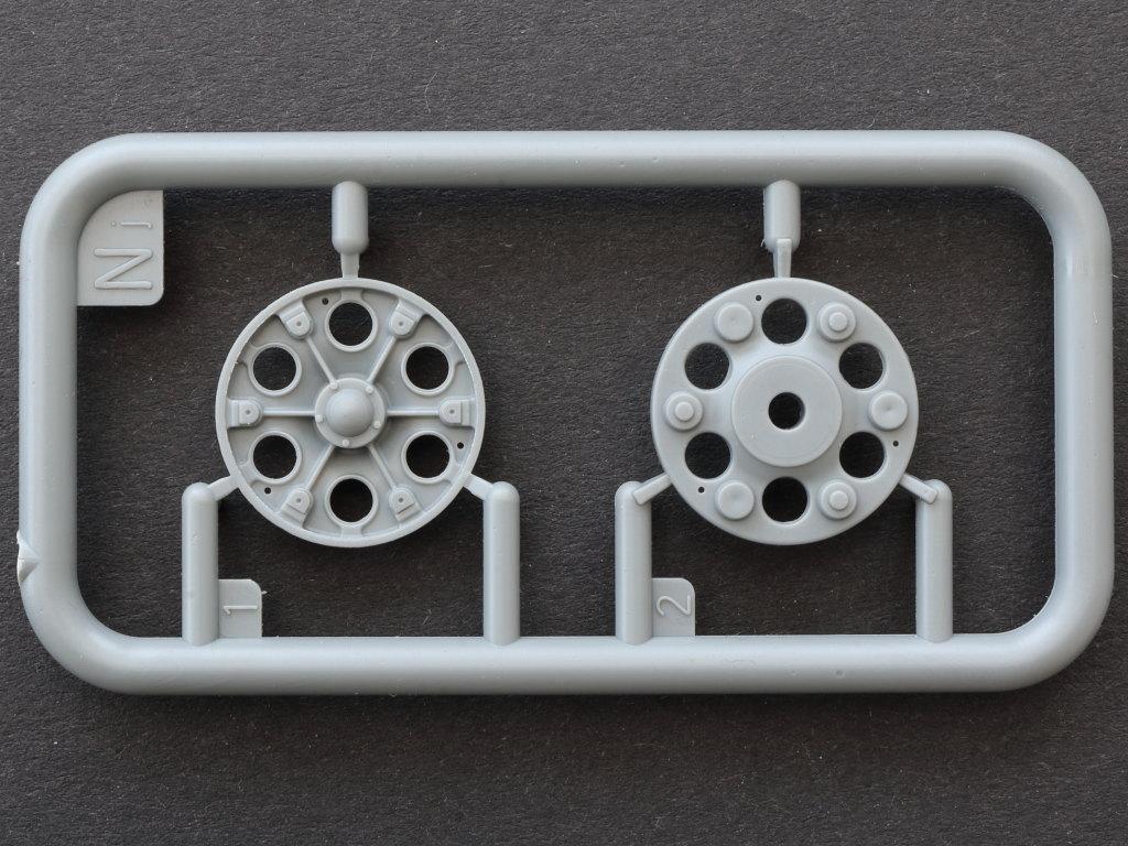 Nj T-34/85 Mod. 1945 Plant 112 1:35 Miniart (#37091)