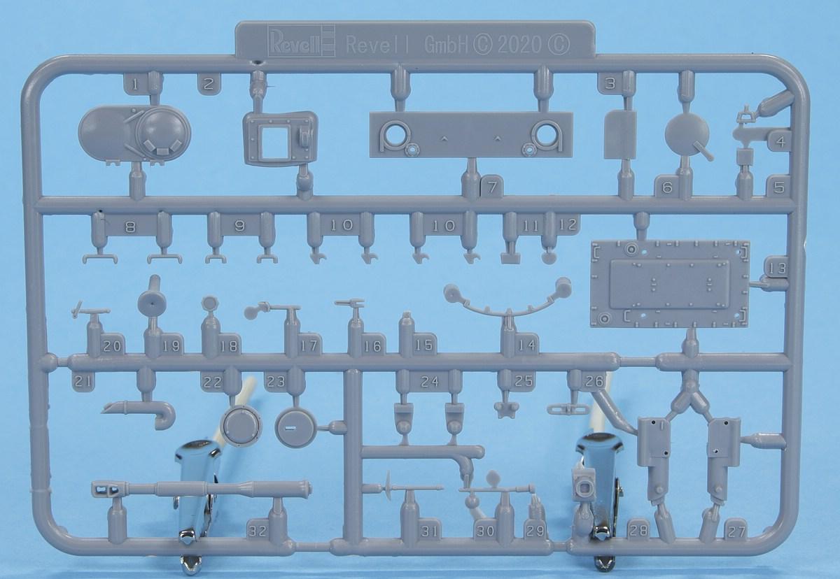 Revell-03314-PT-76B-11 Poseidons Panzer - Revells 1:72er PT-76B #03314
