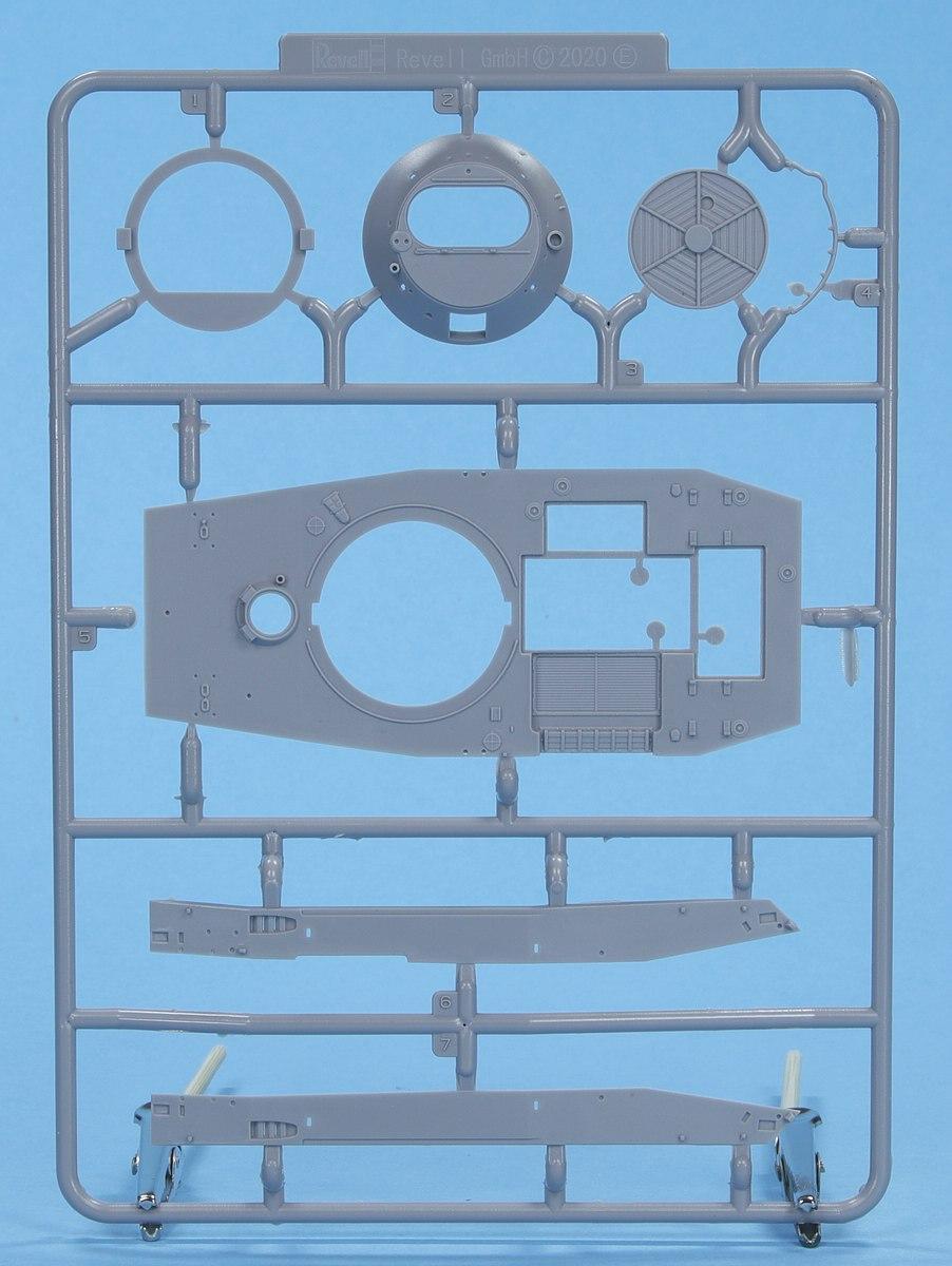 Revell-03314-PT-76B-14 Poseidons Panzer - Revells 1:72er PT-76B #03314