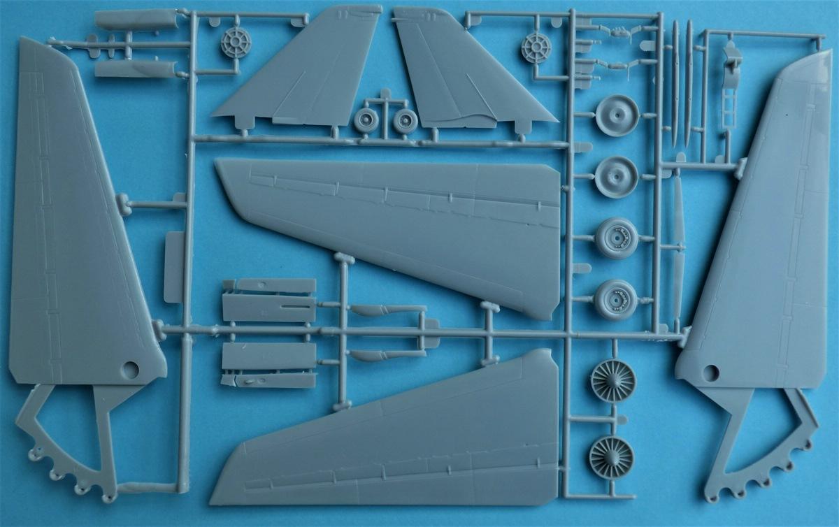 Revell-03865-Mavericks-F-14-TopGun-21 Maverik's F-14A Tomcat von Revell in 1:48 #