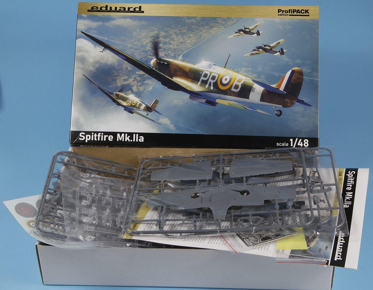 Eduard-82153-Spitfire-MK.IIa-PROFIPACK-32 Spitfire Mk. IIa in 1:48 als ProfiPack von Eduard #82153