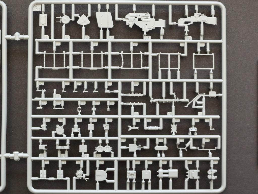 GB T-34/85 w/D-5T Plant 112 Spring 1944 1:35 Miniart (#35290)