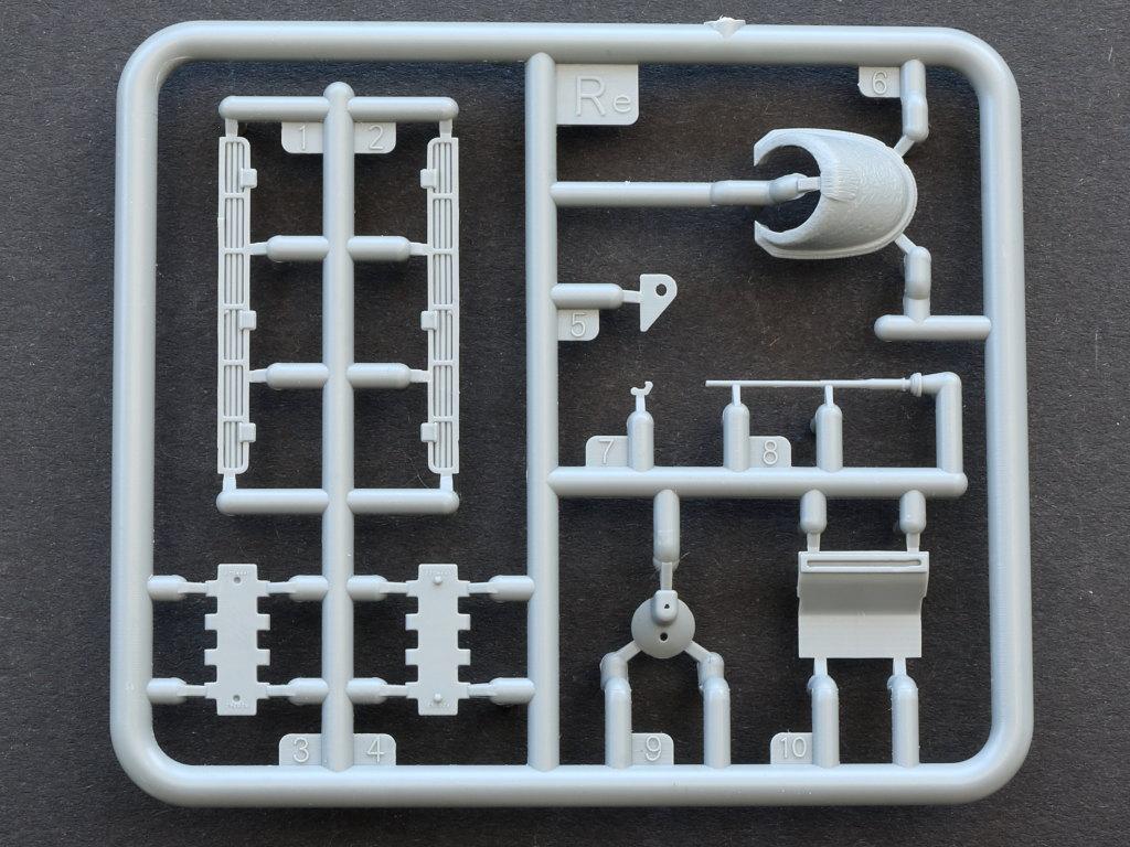 RE T-34/85 w/D-5T Plant 112 Spring 1944 1:35 Miniart (#35290)