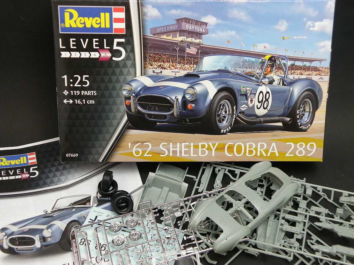 Revell-07669-62-Shelby-Cobra-289-2 62 Shelby Cobra 289 in 1:25 von Revell #07669