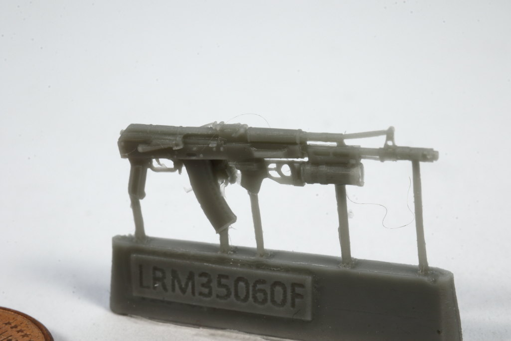 Review_LR_Russian_Driver_1__12 Modern Russian Army AV or truck driver  - Live Resin 1/35 - #LRM35060
