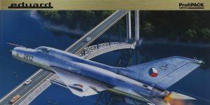 MiG-21PF in 1:72 von Eduard #70143