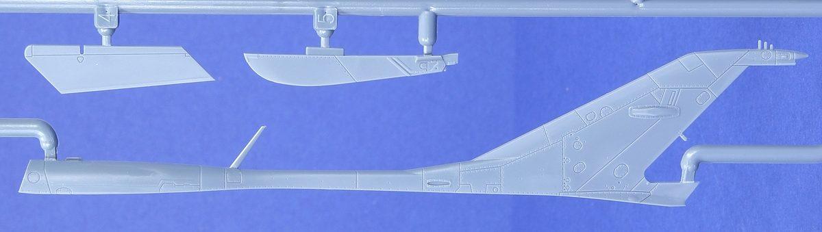 Eduard-70143-MiG-21-PF-ProfiPack-15-rotated MiG-21PF in 1:72 von Eduard #70143