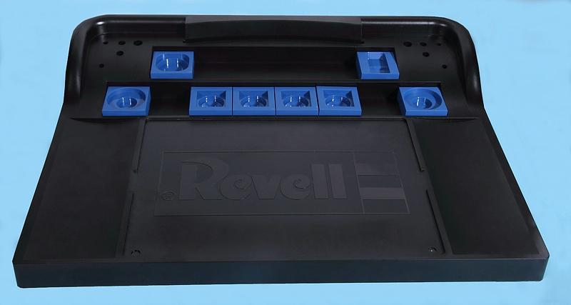 "Revell-39085-Work-Station-11 Arbeitsplatz ""Work Station"" von Revell # 39085"