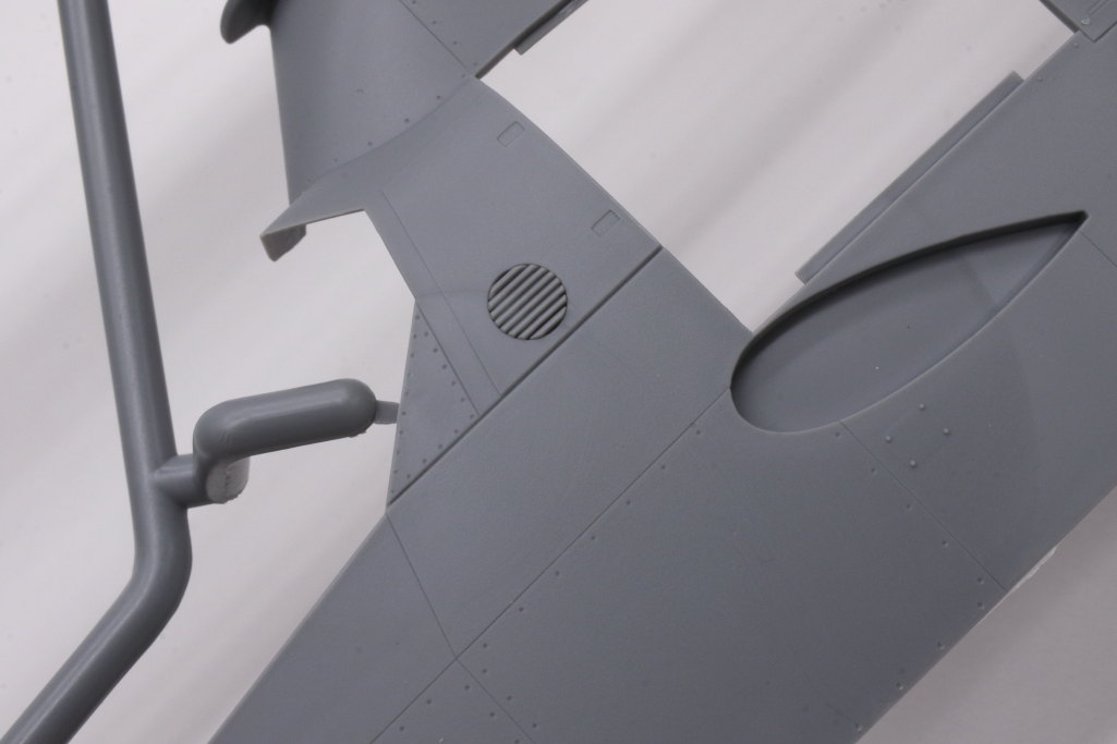 """Review_ICM_AH-1G_early_06 AH-1G """"COBRA"""" (early production) - ICM 1/32"""