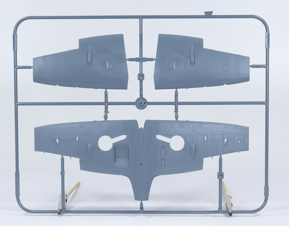 Eduard-82154-Spitfire-Mk.IIb-ProfiPACK-6 Spitfire Mk. IIb in 1:48 als ProfiPACK von Eduard #82154