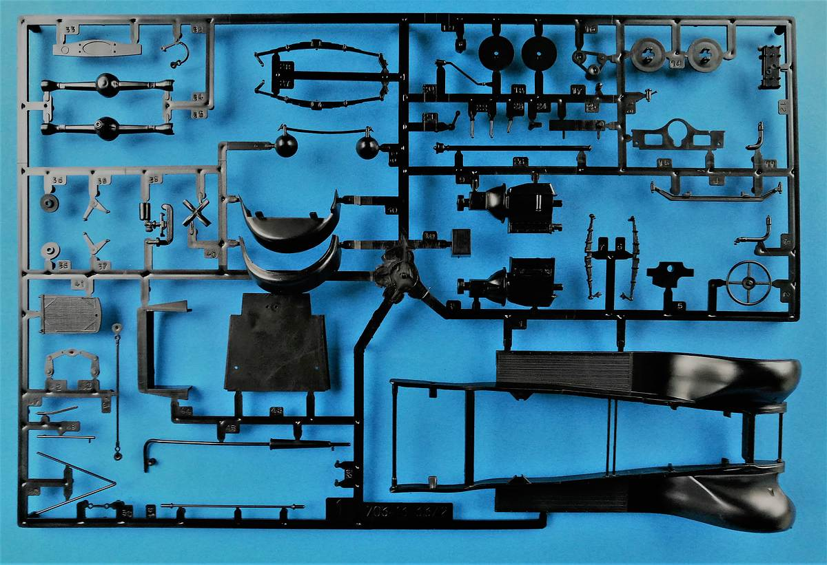 Heller-80703-Citroen-C4-Fourgonette-1928-19 Citroen C4 Fourgonette 1928 in 1:24 von Heller # 80703