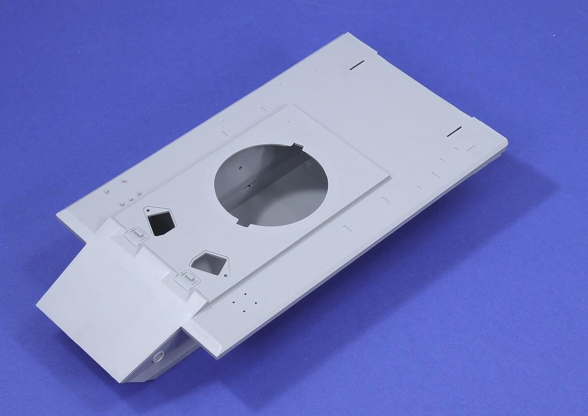 ModelCollect-UA-35021-E-60-Saebelzahntiger-27 E-60 Säbelzahntiger in 1:35 von ModelCollect # UA 35021