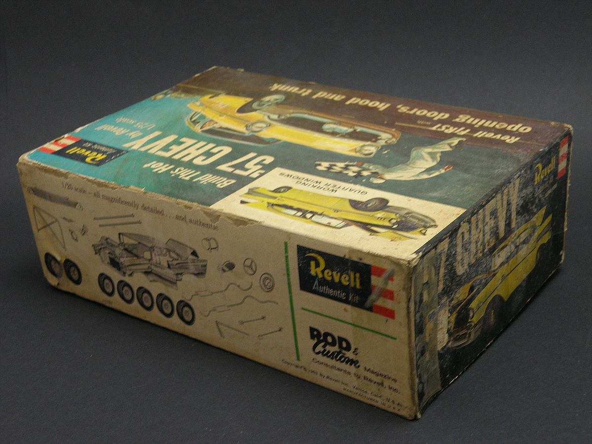 """Revell-07306-57er-Chevy-Bel-Air-30 Kit-Archäologie: California Classics 1957 Chevrolet BelAir""""Street Fighter"""" (#07306), Revell, 1:25"""