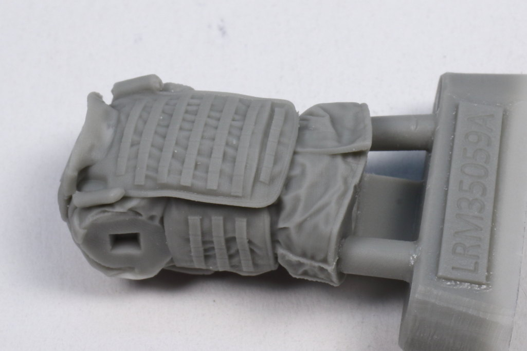 Review_Liferesin_Russ_Driver_2_03 Russian Army APC Driver - Live Resin 1/35