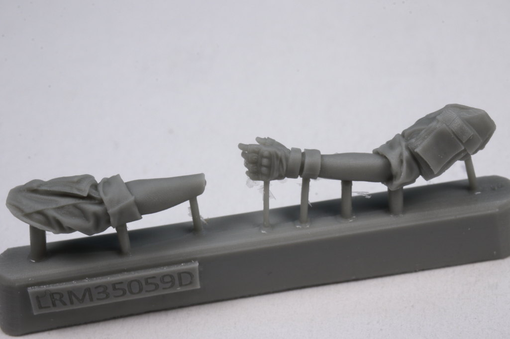 Review_Liferesin_Russ_Driver_2_06 Russian Army APC Driver - Live Resin 1/35