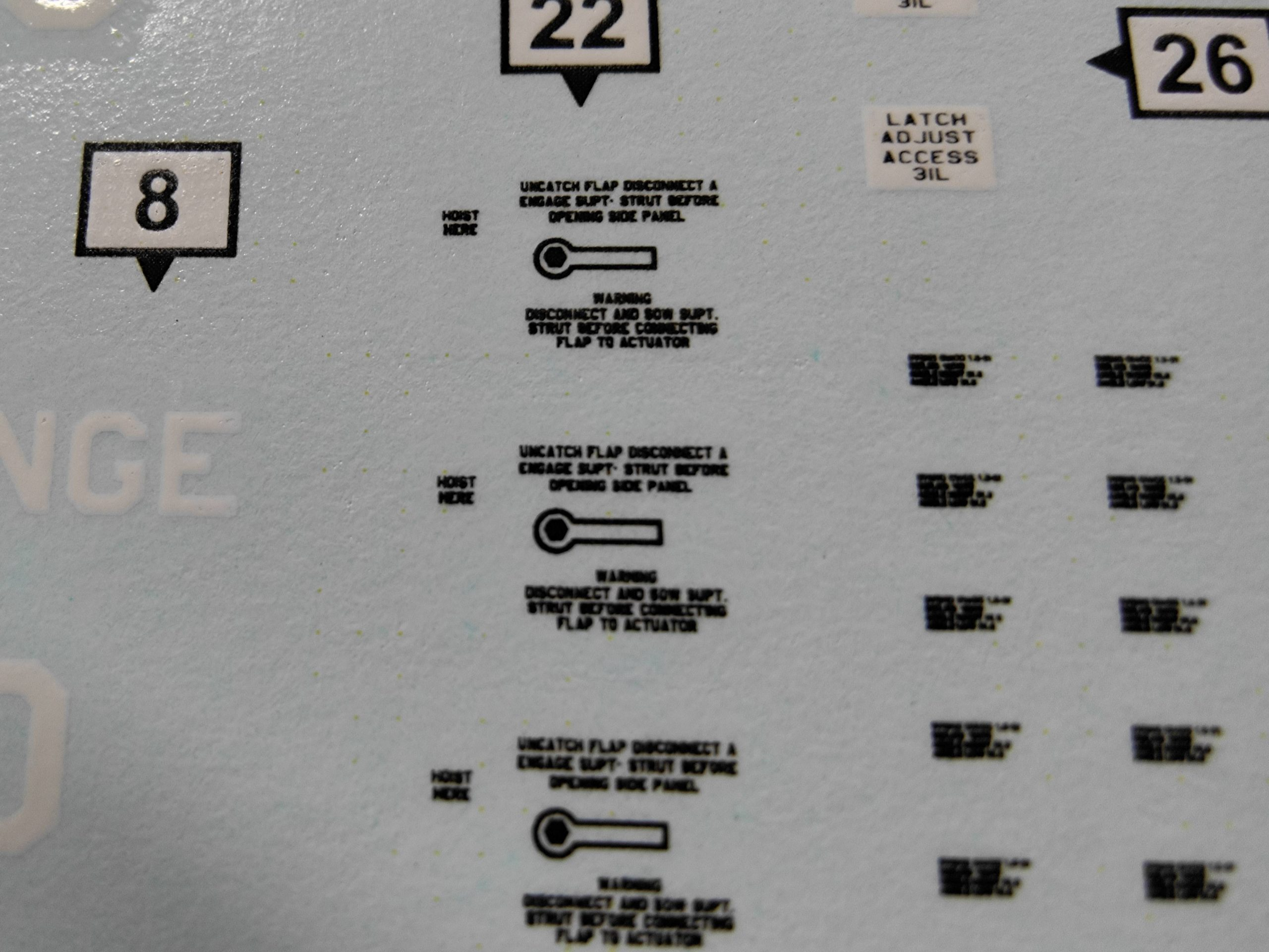 heller_lockheed_warn05-scaled Lockheed EC-121 Warning Star von Heller in 1:72