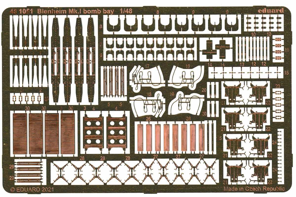 Eduard-481051-Blenhheim-Mk.I-Bomb-bay-2 Bombenschacht für Airfix 1:48er Blenheim #