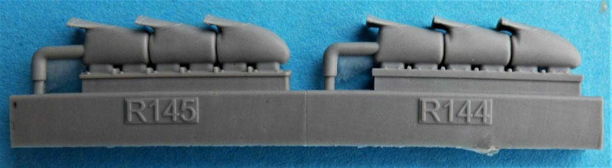 Eduard-648667-und-648668-Spitfire-Mk.-V-exhaust-6 Spitfire Mk. V Exhaust in 1:48 von Eduard #648667 und 648668