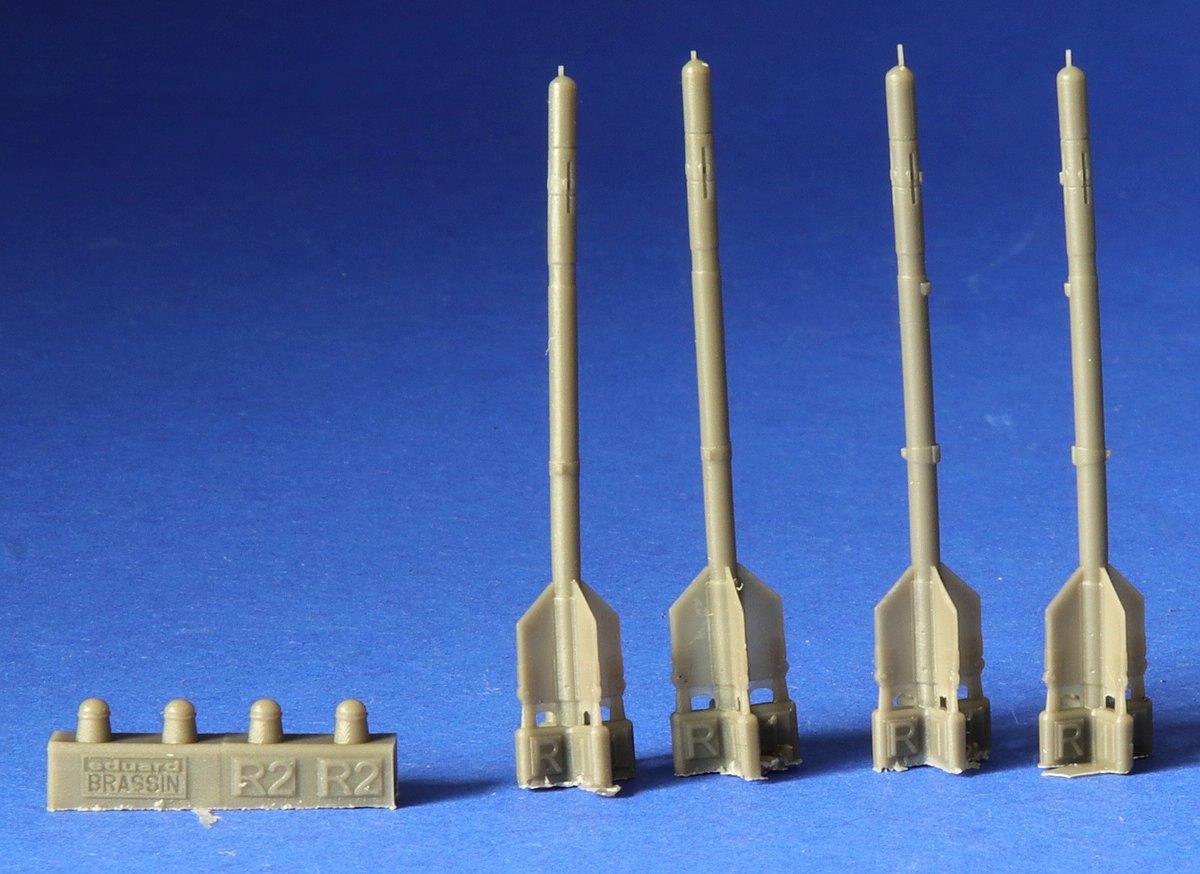 Eduard-672185-R-3S-Missiles-4 R-3S Raketen für MiG-21 in 1:72 von Eduard # 672184, -185 und -186