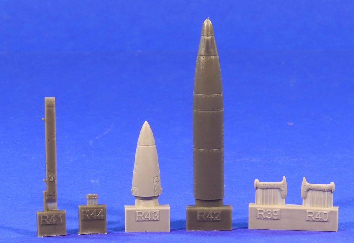 Eduard-672195-SPS-141-ECM-pod-for-MiG-21-9 ECM pod SPS-141 für die MiG-21 in 1:72 von Eduard # 672195