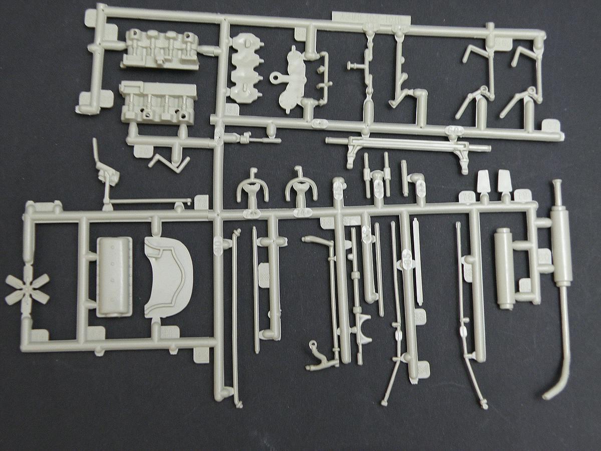 AMT-Matchbox-PK-4101-Thomas-Flyer-19 Kit-Archäologie: Thomas Flyer in 1:25 von AMT / Matchbox #PK-4101