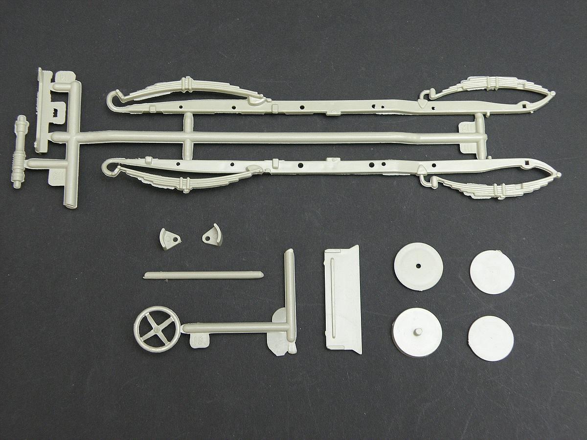 AMT-Matchbox-PK-4101-Thomas-Flyer-21 Kit-Archäologie: Thomas Flyer in 1:25 von AMT / Matchbox #PK-4101