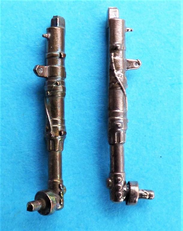Eduard-648670-und-671-BRONZE-legs-fuer-Spitfire-Mk.-V-9 BRONZE-Legs für die Spitfires Mk. V von Eduard in 1:48 #648670 und 648671