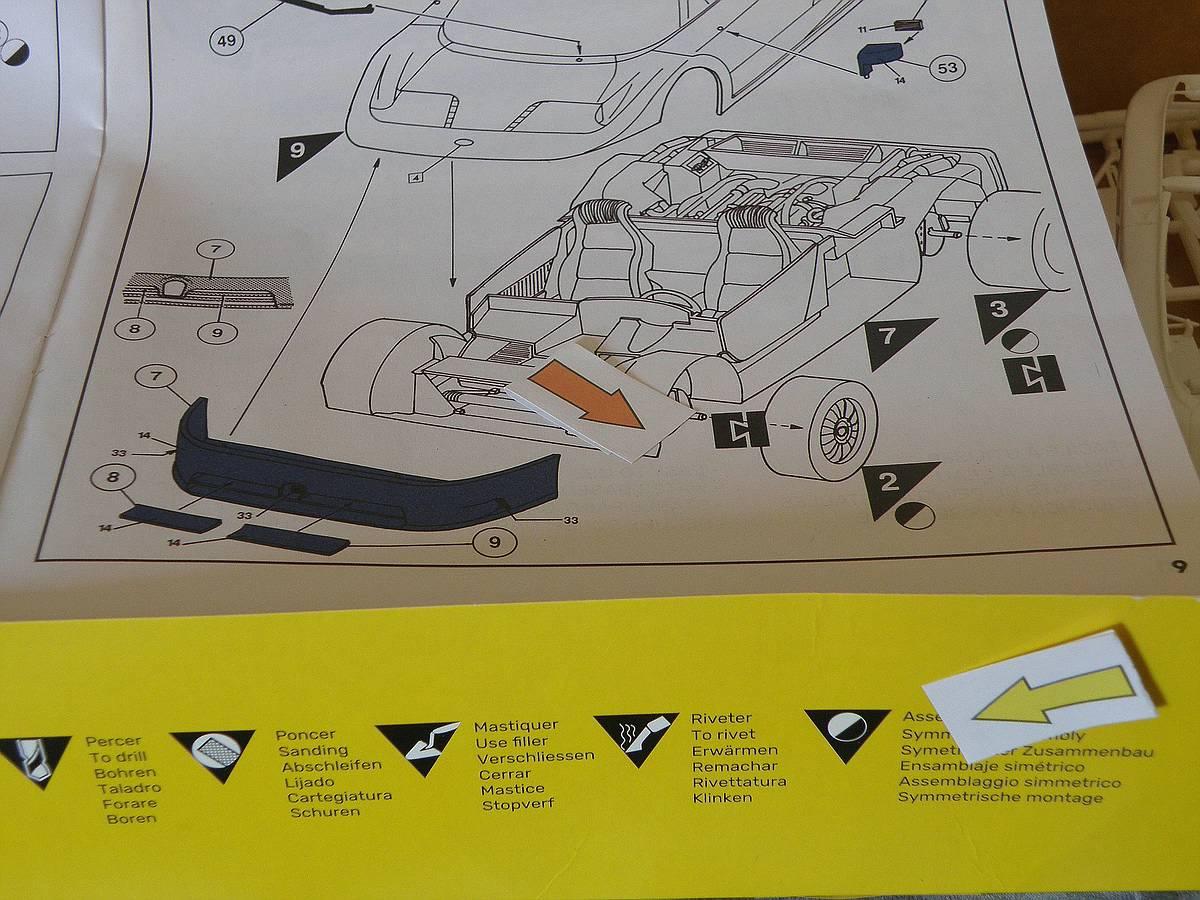 Heller-80738-Bugatti-EB-110-25 Bugatti EB 110 von Heller (1:24) #80738