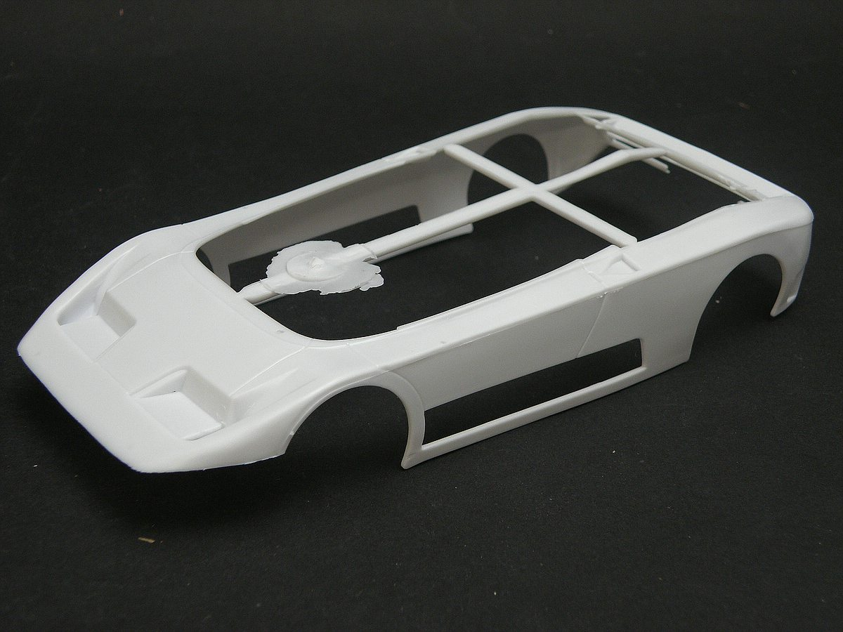 Heller-80738-Bugatti-EB-110-7 Bugatti EB 110 von Heller (1:24) #80738