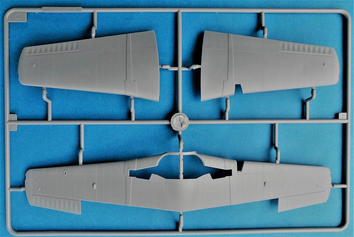 HobbyBoss-81760-La-11-Fang-10 Lavochkin -11 Fang in 1:48 von HobbyBoss # 81760